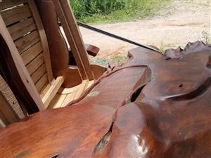 木头雕刻茶几转让