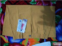 裙子子陌的纯棉有吊牌买大了没穿过XL50元 喇叭裤XL买大了没穿过有吊牌50元 牛仔的穿过俩三次...