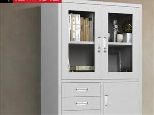 文件柜 帶保險柜,材料厚度1.0mm,使用一年,完好如新,680元買的,現450元出售