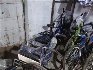 8成新轮椅一个售价200需要的联系我18632269472