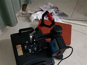 本人有一套把手机照片印到衣服上的设备还有两千多块钱的衣服另外还有一台3000w的发电机一把三米的地摊...