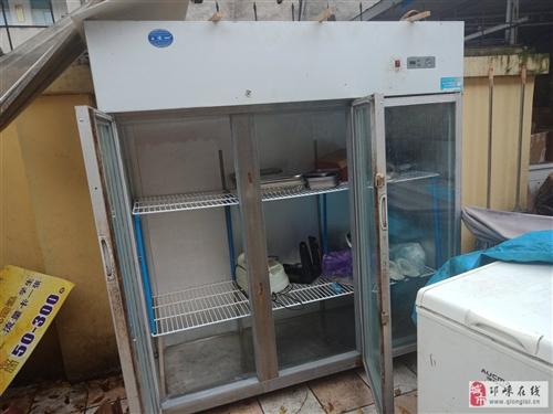 闲置二手保鲜柜,刚换的压缩机,价格700,可商量,需要的联系我,