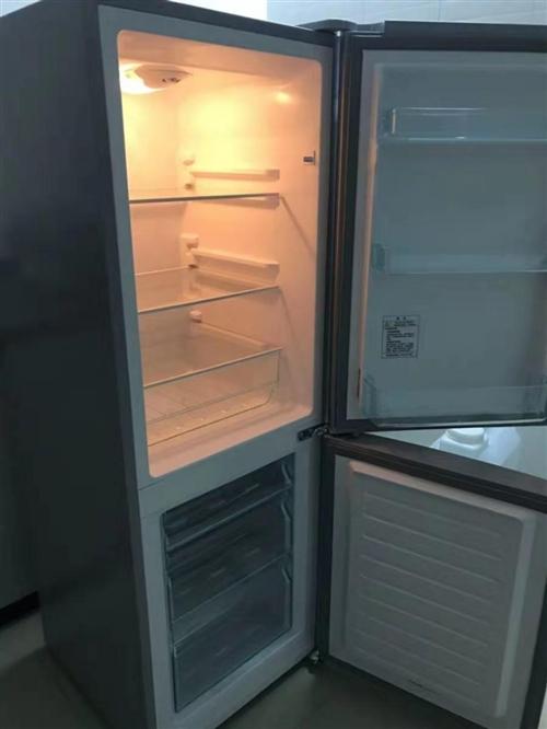海爾冰箱9成新,因去外地,現低價轉讓!