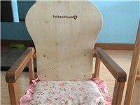 儿童木餐椅!可拆分设计!现在孩子7周岁还能坐!但是也可以和大人一起坐正常餐椅!觉得占地方便宜卖!可送...