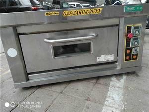 燃��伪P烤箱,得��牌子,8�成新,一切功能正常,非常省煤�狻T��r1600多,�F在低�r�D�,因�橘I了大...