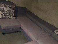 闲置沙发出售