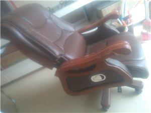 老�l好,本人有老板�_老板椅出售,9.5成新 相中打我��15090444570