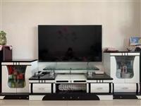 大理石茶几长1.4米,宽0.86米,高0.46米。电视柜长2.4米(还可延长)。沙发全友家私贵妃一组...