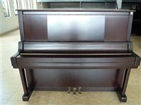 二手出售七八成新鋼琴一臺,女兒現在用不著了,閑置可惜,買成一萬,現在8000包送到家,只用了幾個月!...