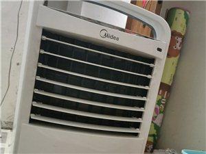 美的空调扇  买了2个多月 还挺新  600多买的 一切正常
