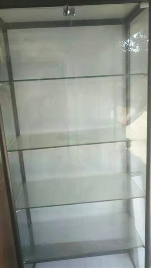 全新玻璃展示柜两个