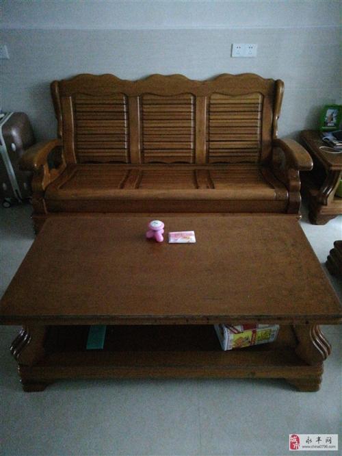 出售二手实木沙发五件套。