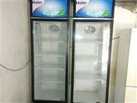 小卖部不开了,出售两台海尔展示柜,340升大容量,9成新,制冷效果良好