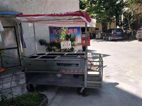 二手多功能小餐车,买来一次也没有用过,可烧烤,可麻辣烫,可酸辣粉,可铁板烧,可关东煮,适合年轻人创业...