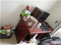 退房,便宜处理,自己搬。床  联邦椅。三人位1张。要的速度。