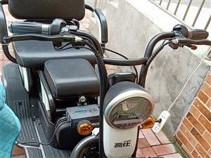 高仕电动三轮车,8月20号的新车,出售3400元