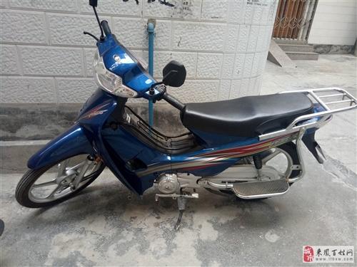出售自家摩托车↗有发票 有意者联系15587644905,非诚勿扰谢谢!