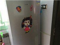 海尔182升,原价1350。美的洗衣机6.5Kg,原价889,1.5米床原价700,均为去年7月所买...