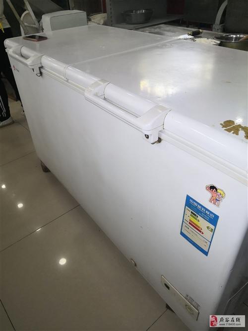 海尔电冰柜