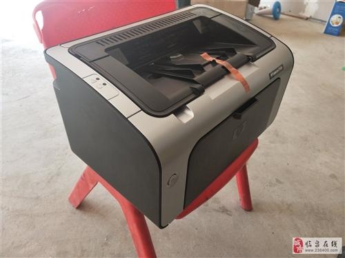出售二手惠普打印机一台,买来几个月打印不到五十张,因生意失败特价处理,有喜欢的朋友可打电话联系!