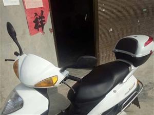 急售摩托车,八成新