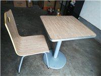 曲木桌椅三套 (桌子一張120*60 兩張60*60 八把椅子 ) 有意者聯系 非誠勿擾,謝謝