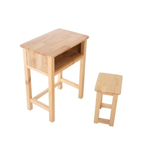 求购学生课桌。