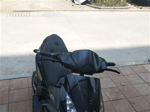 九成新骠骑电动车,1 买的不到一年没怎么骑过,现在去外地没时间骑,忍痛割爱,有需要的联系我