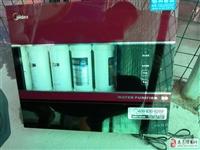 美的插电净水器,使用时间一年,闲置低价转让,300元,送全新水管20米。15307977583