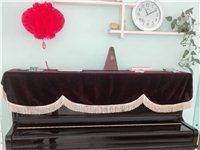 哈曼尼钢琴,大气美观,家庭自用,很爱惜一直有调琴维护,使用率很低,在济宁海蓝琴行购买,新品25000...