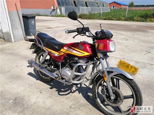 嘎嘎板正的本田125摩托车,全车没动过,喜欢的来吧