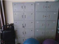 会馆重新定制更衣柜,8、9成新文件柜低价出售,有需要的速联系我!  有整体,有独立分体柜