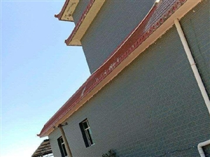 本房屋位于仁和区布德镇离荷花基地2公里,房屋好处:1、房屋面500平米,不含小院。2、外有芒果5亩地...