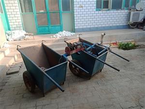 装粮食的小车,爬梯,电机。