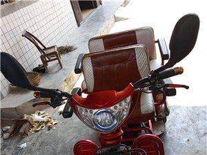 澳门新濠天地官网首页三轮电动车   用过一年    车况很好   充次电可以跑三四天