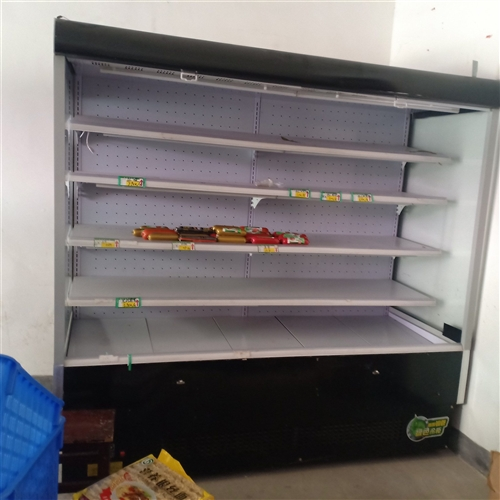 風幕柜機一臺,2米長,風冷,8-9成新。需要聯系13507073848