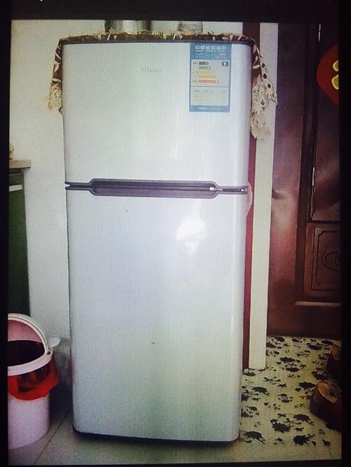 全新未使用小冰箱低价出