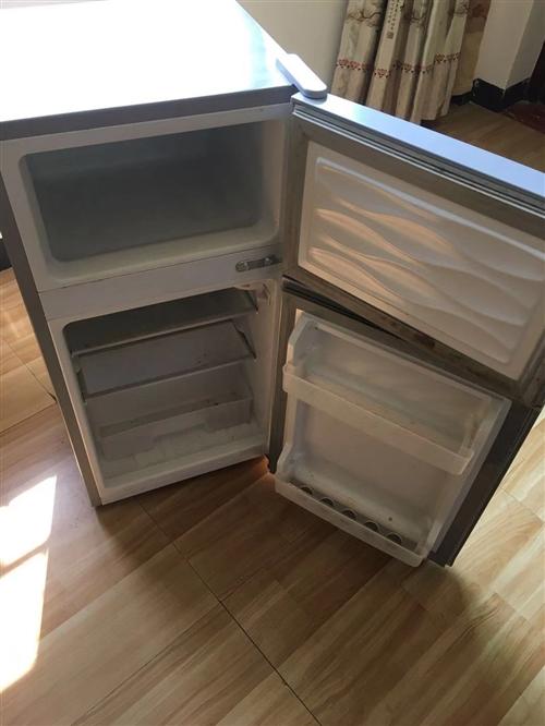 洗衣机,冰箱,制冷正常。九成新!需要的联系13767788639潘
