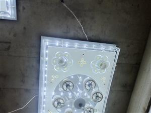 低�核�晶��   尺寸1.3?0.8米――加厚底板    三色�光