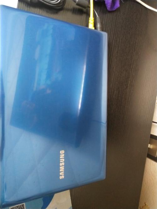 自家用的三星笔记本电脑低价出售,带无线鼠标,小音响,充电器,鼠标垫,电脑包。