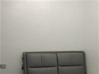 低价出售新床,颜色质量样式都很好,科技皮免洗软靠。有意电话联系13896955084