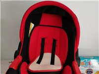 婴儿车内坐椅,好舒服,有需要的联系我,谢谢!