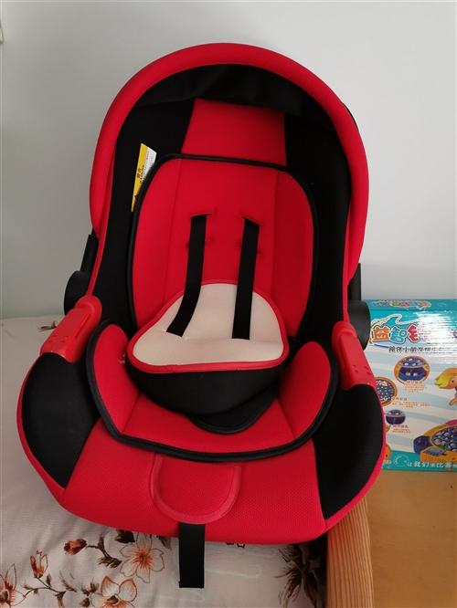 嬰兒車內坐椅,好舒服,有需要的聯系我,謝謝!