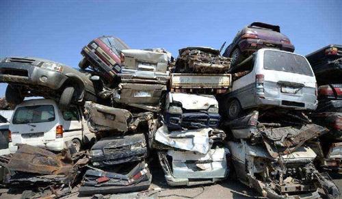 大量收够废旧汽车