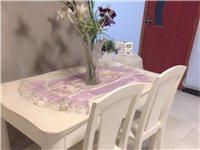 **大理石面欧式餐桌 4000买的 搬家 1100拿去 没有椅子   椅子淘宝上很多可以随意搭配 ...