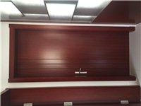 出售木森木门6扇,博古架1个,多功能储物鞋橱,一次没用过,由于房子装修风格和木门颜色不搭,所以出售,...