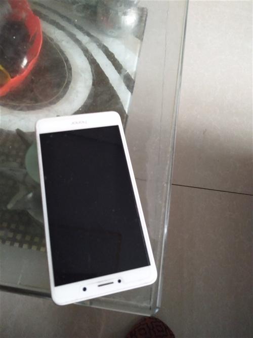 八成新手機4G十32G華為出售300元非誠勿擾
