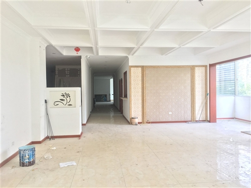 ??????  繁华地段十字路口二层房屋出售,办公商用皆宜,可改装住房自用,层高4.5米,可做成...