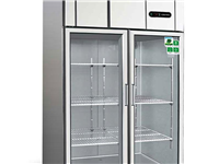 低价出售冷藏柜、冰柜。电话:180 9379 6161