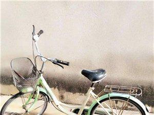 自行车买来骑几次一直放家里、现在随便卖了有意者联系
